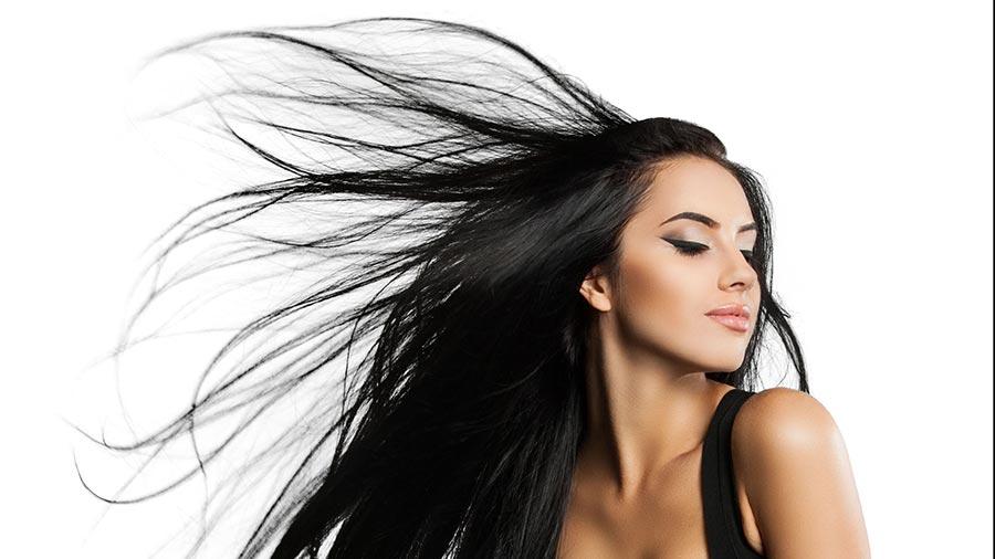 Haare freistellen vor grunem hintergrund