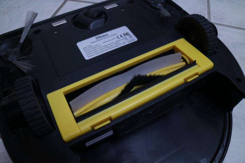 Dibea D960 Staubsaugerroboter Unterseite